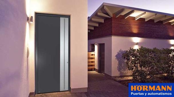 H rmann thermosafe y thermocarbon nuevas puertas de for Puertas para vivienda