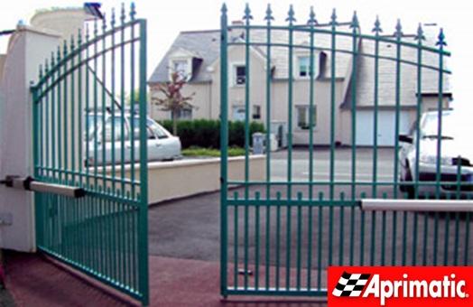 Aprimatic doors actualiza su cat logo de automatismos para puertas industriales comerciales - Automatismos para puertas de garaje ...