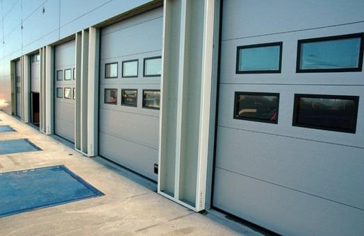 Assa abloy entrance systems puertas industriales - Muelles de puertas ...