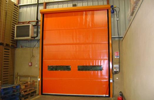 Manusa adquiere la empresa fabricante de puertas for Puertas industriales