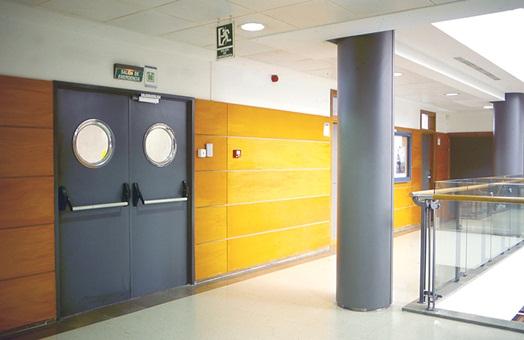 Situaci n actual de las puertas cortafuego normativa y for Puertas contra incendios